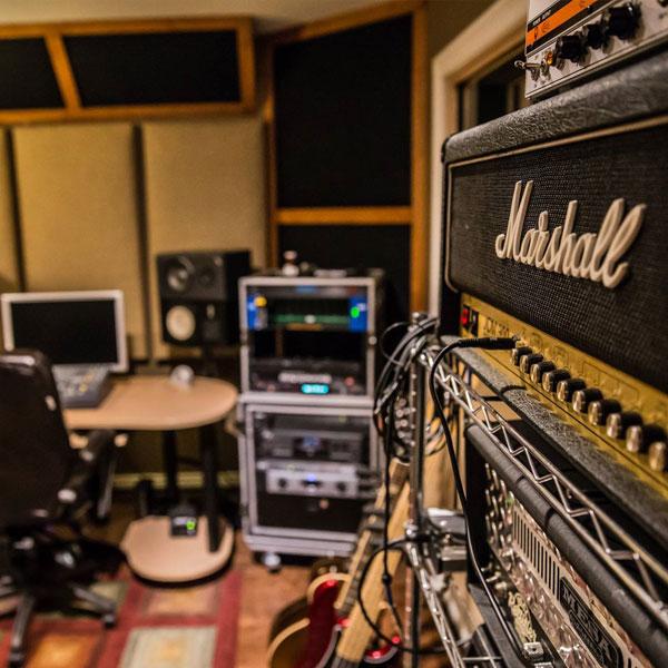 pro recording session with green door recording studio sollohub school of music. Black Bedroom Furniture Sets. Home Design Ideas